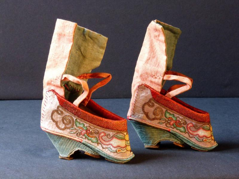 chaussure femme antiquité