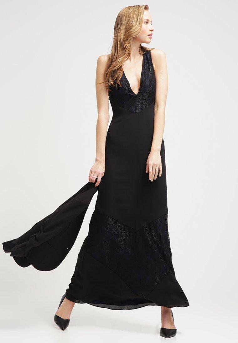 robe de soirée.jpg