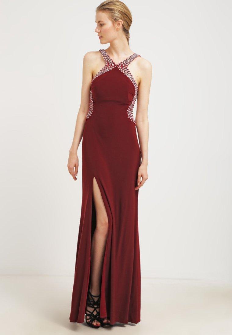 robe rouge 1.jpg