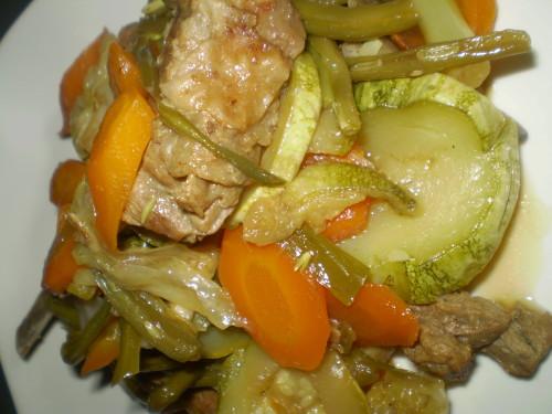 Porc aux petits légumes à la malgache