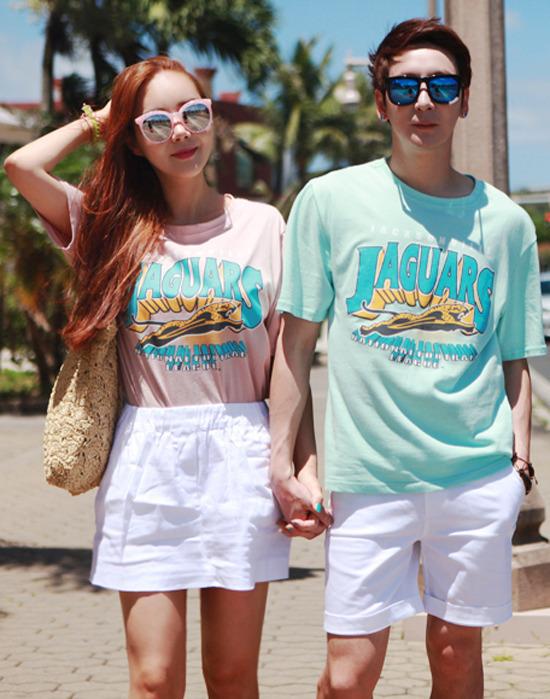 tenue de couple assortie thème voyage de noces