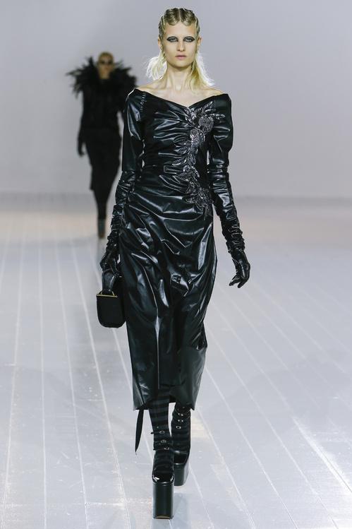 La robe en cuir, l'incontournable de l'automne hiver 2016 2017