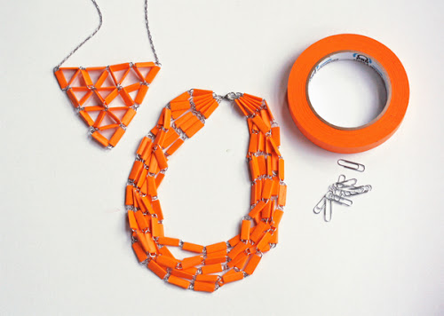 tape-paperclip-necklace-Masking_tape-trombone-collier-bijoux-DIY-Mothers_day-fete_des_meres