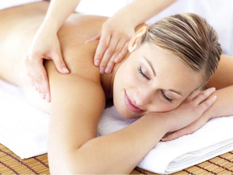 massage-haut-du-corps-avant-de-dormir