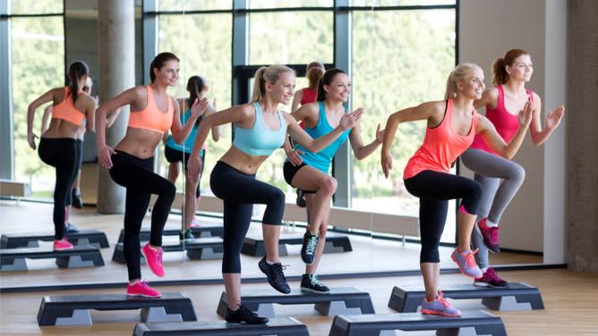 sport-en-salle-entre-filles