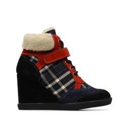 Chaussures pastelles hiver