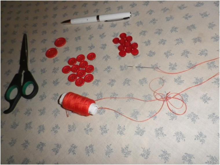 materiels-utilises-pour-customiser-sac-cabas-panier-en-satrana