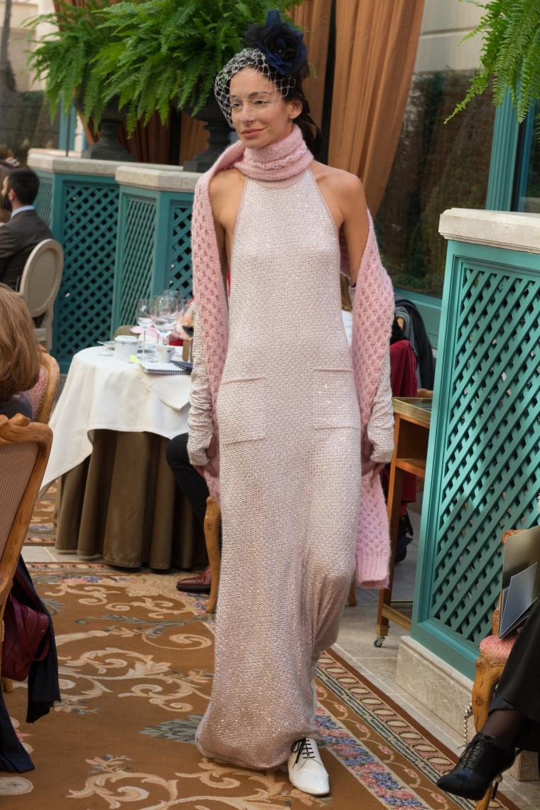 945c3554e8f Nous ne nous sentons pas 100% fashionistas tant que nous n abordons pas les  tendances les plus folles de chaque saison en toute quiétude (haha).