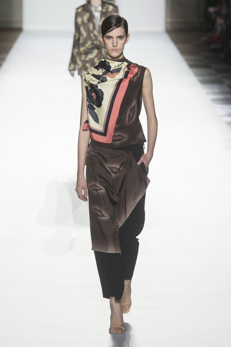 Tendance foulard Dries Van Noten 2