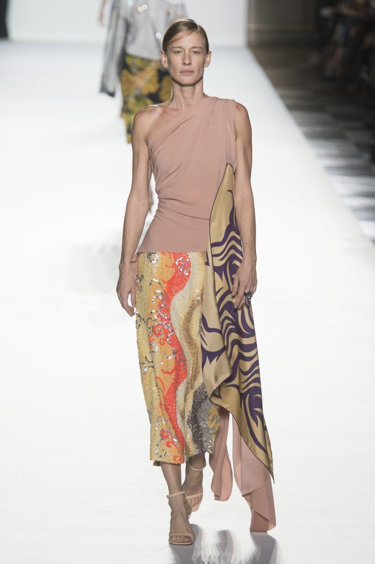 Tendance foulard Dries Van Noten 23