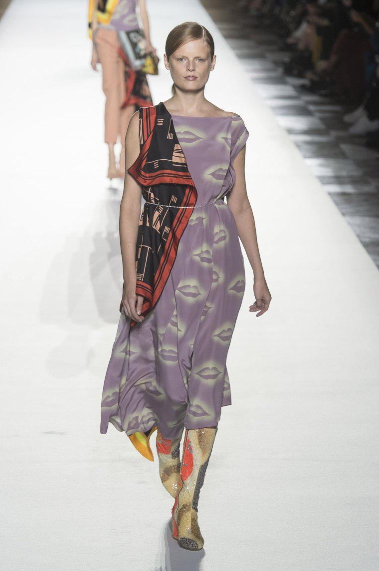 Tendance foulard Dries Van Noten 26