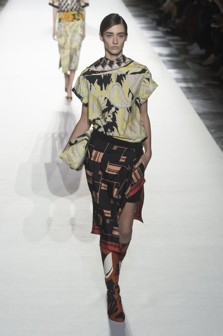 Tendance foulard Dries Van Noten 9