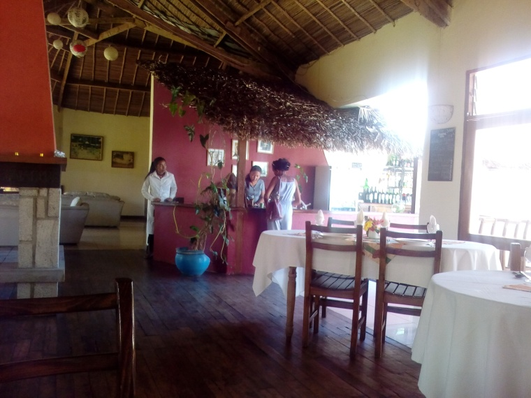 restaurant indri lodge andasibe2