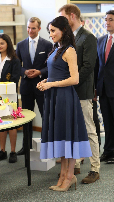tenue de grossesse de meghan markle3