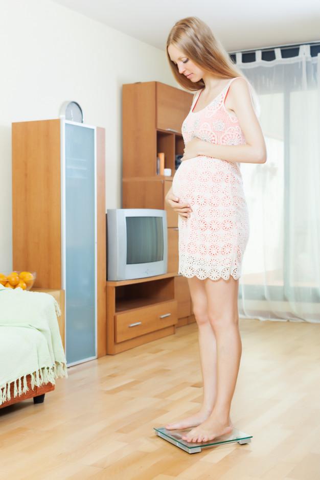 surveiller poids durant la grossesse